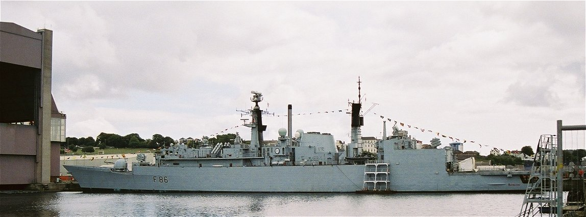 HMS Campbeltown, Type 22 batch 3 at Plymouth Navy Days 2006.
