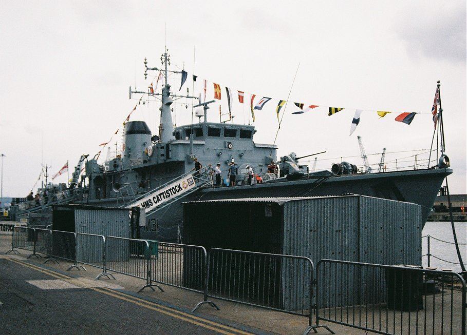 Hunt class mine hunter HMS Cattistock M31, Portsmouth 2010.