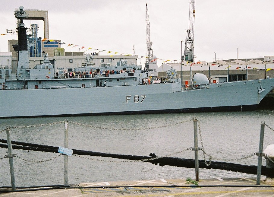Type 22 HMS Chatham at Plymouth Navy Days, Saturday September 5th 2009